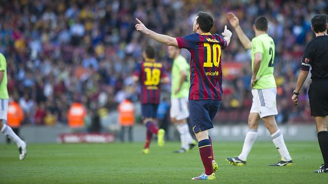Spécial Messi et FCBarcelone - Page 40 Pic_2014-03-16_FCBvsOSASUNA_07.v1394994415