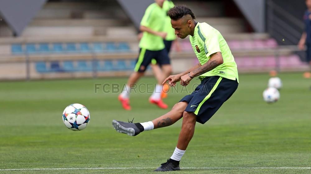 تدريبات برشلونة الأخيرة قبل مواجهة البايرن  2015-05-05_ENTRENO_55-Optimized.v1430827623
