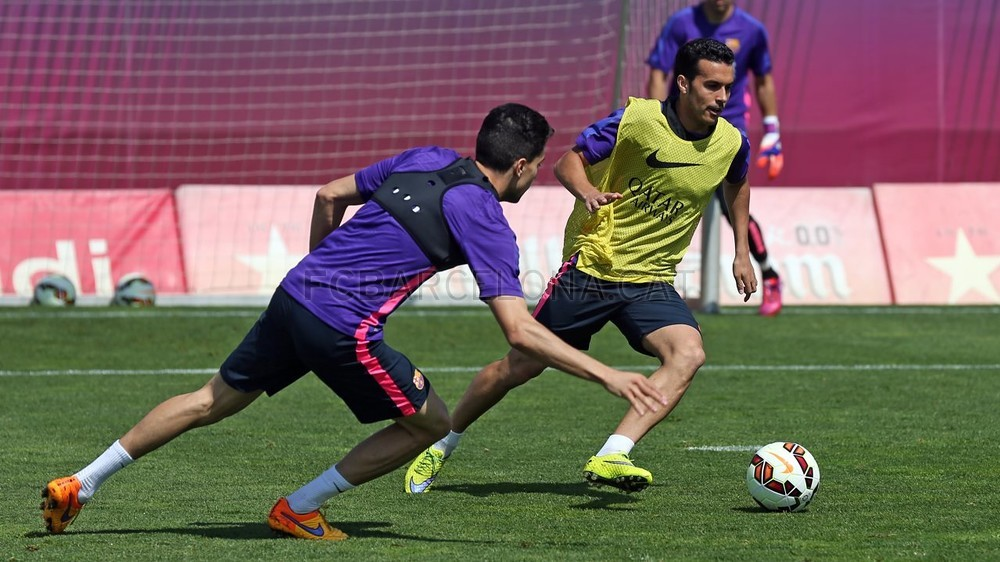 أجواء مرحة في تدريبات برشلونة غداة الفوز على البايرن Pic_2015-05-07_ENTRENO_24-Optimized.v1430996070