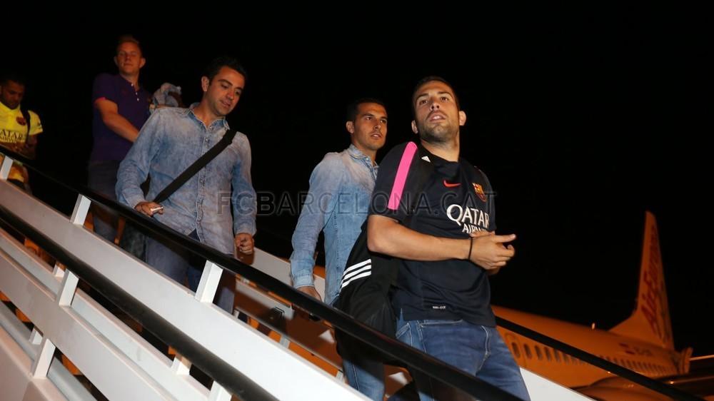 عودة ميمونة لحامل اللقب نادي برشلونة  Pic_2015-05-17_REGRESO_17-Optimized.v1431949319