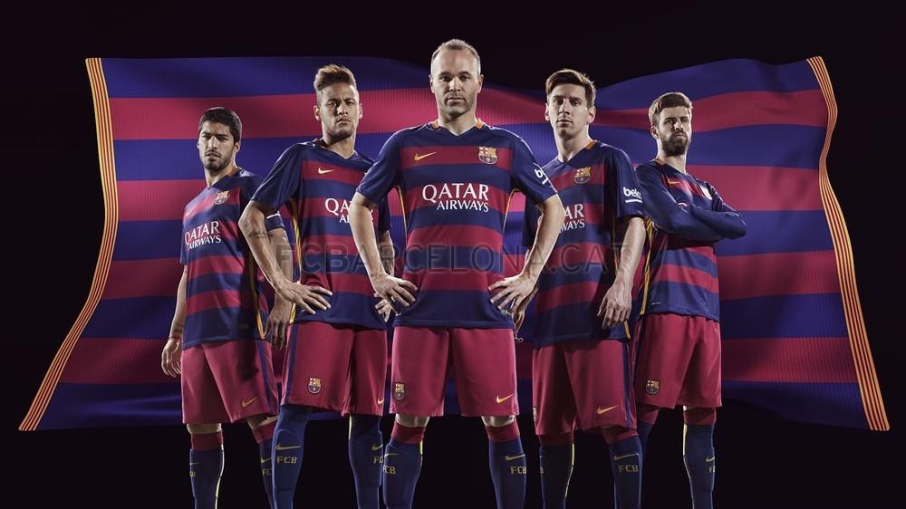 رسمياً : برشلونة يكشف عن قميصه الجديد لموسم 2015-2016 FCB_FA15_KitLaunch_May2015_HOME_MASTER_w5a_HRF2-Optimized.v1432414554