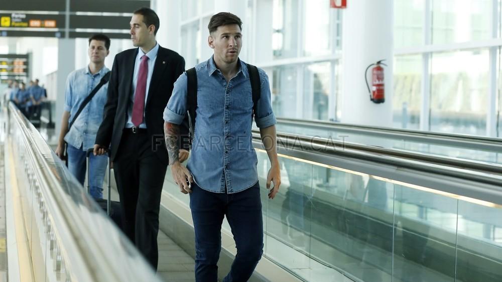 تنقل لاعبي برشلونة إلى برلين  _RG10002-Optimized.v1433494679