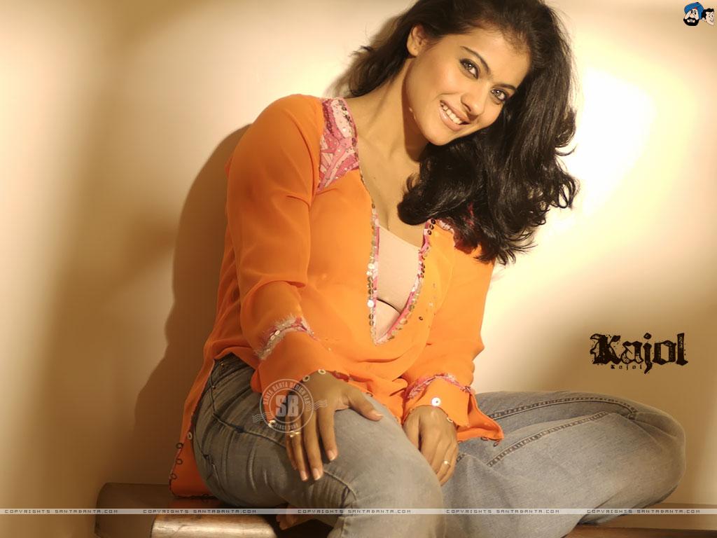 الممثلة الهندية كاجول  Kaj20a