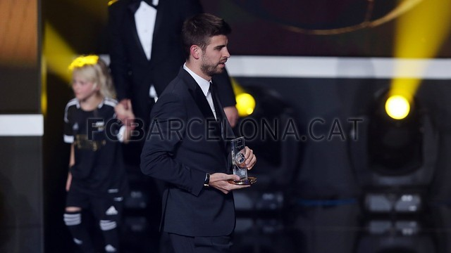 Lionel Messi, the man of the four Golden Balls 2013-01-07_GALA_BALON_ORO_12-Optimized.v1357650118