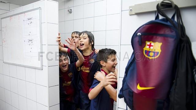 بالصور صغار برشلونة  أبطال الليغا  ( ماذا تصنع اللاماسيا )  2013-05-18_UE_SANT_ILDEFONS_ALEVIN_A_-_FCB_ALEVIN_A_014-Optimized.v1368897786
