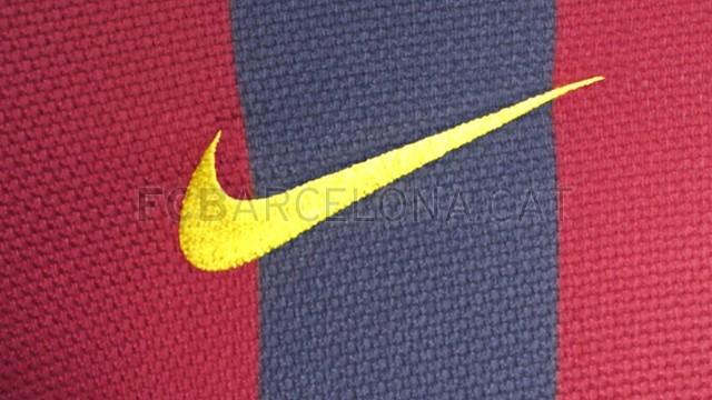 بالصور طقم قميص برشلونة  لموسم 2013-2014 Fa13_FB_ClubKits_Barca_Authentic_HOME_SWOOSH-Optimized.v1369143748