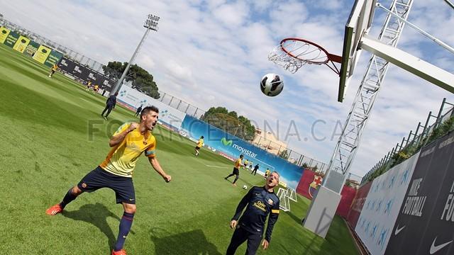 بالصور تدريبات لاعبي برشلونة 28-05-2013 2013-05-28_ENTRENO_36-Optimized.v1369748000