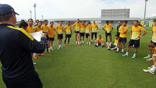 بالصور تدريبات لاعبي برشلونة 28-05-2013 2013-05-28_ENTRENO_53-Optimized.v1369744850