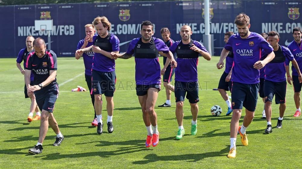 أجواء مرحة في تدريبات برشلونة غداة الفوز على البايرن Pic_2015-05-07_ENTRENO_18-Optimized.v1430996061