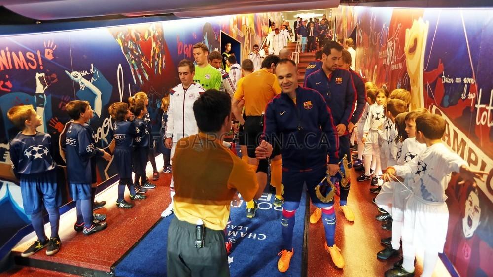 صور : مباراة برشلونة - بايرن ميونيخ  3-0 ( 06-05-2015 )  Pic_2015-05-06_OTRO_BARCELONA-BAYERN_10-Optimized.v1430999150