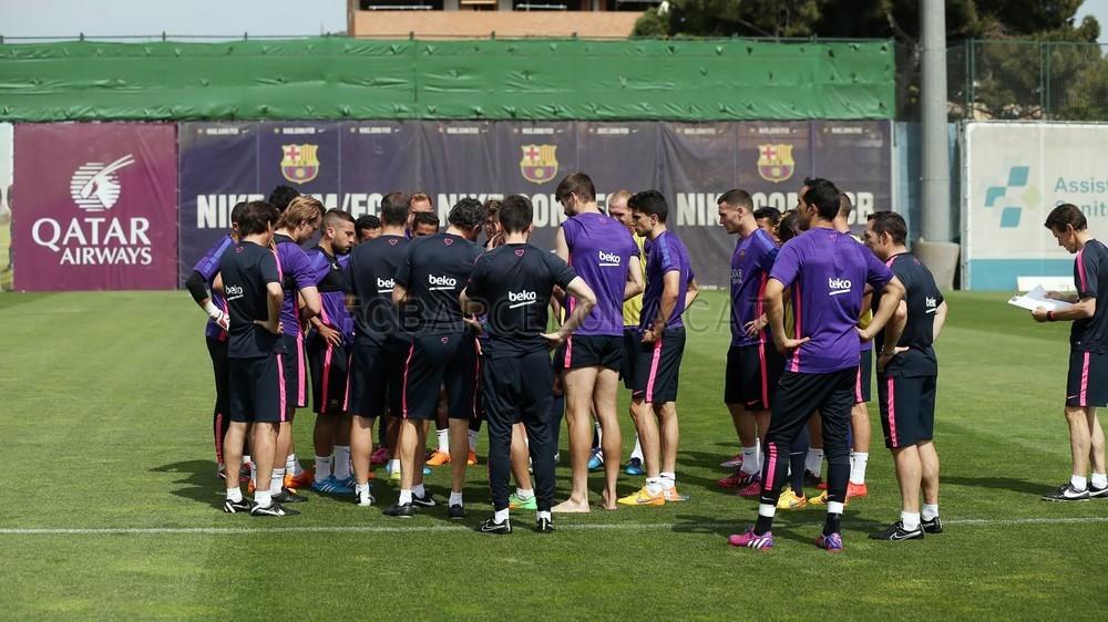 استعدادات برشلونة تحسبا لقمة ميونيخ  Pic_2015-05-10_ENTRENO_27-Optimized.v1431253906