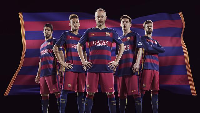 رسمياً : برشلونة يكشف عن قميصه الجديد لموسم 2015-2016 FCB_FA15_KitLaunch_May2015_HOME_MASTER_w5a_HRF2.v1432416675