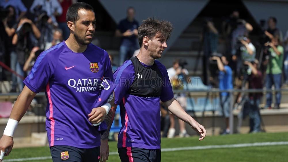 برشلونة يختتم تدريباته استعداداً لنهائي كأس الملك 2015-05-29_ENTRENO_10-Optimized.v1432897713