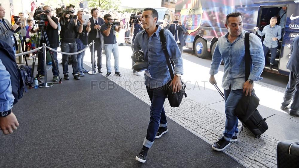 تنقل لاعبي برشلونة إلى برلين  _RG29944-Optimized.v1433508017