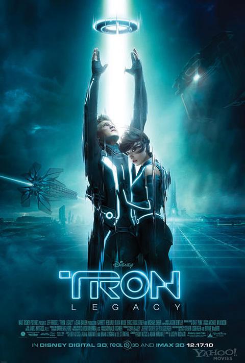 [Disney] Tron, l'Héritage (09 février 2011) - Page 16 Tronlegacy-finaltheatposter-fulll480
