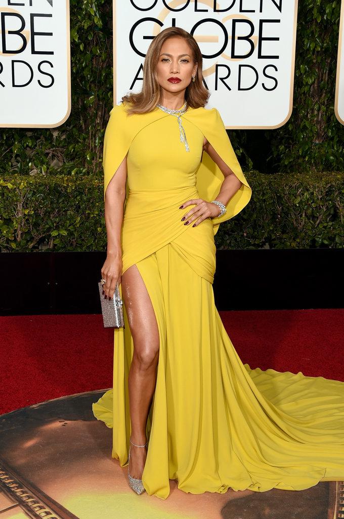 JLo Imágenes >> Apariciones, paparazzi, candids... - Página 20 Jennifer-Lopez-Dress-Golden-Globe-Awards-2016