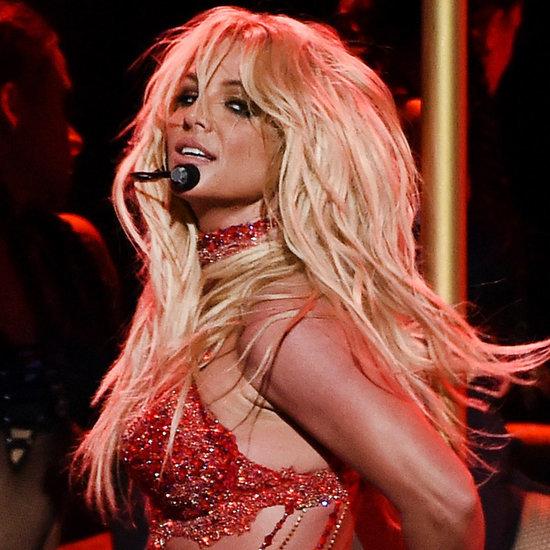 82 - Britney Spears  - Σελίδα 3 Britney-Spears-Performs-Billboard-Music-Awards-2016