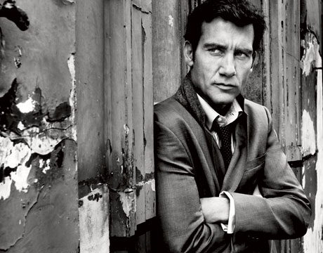 Clive Owen - Page 2 Photos-Quotes-From-Clive-Owen-Esquire-Magazine-March-2009-Issue-Julia-Roberts-Says-George-Clooney-Obsessed-Clive