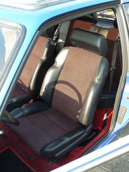 [olivpostman] 205 GTI 1.9L Bleu miami 1992 147
