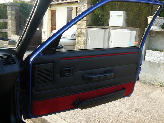 [olivpostman] 205 GTI 1.9L Bleu miami 1992 163