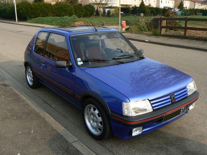 [olivpostman] 205 GTI 1.9L Bleu miami 1992 205003