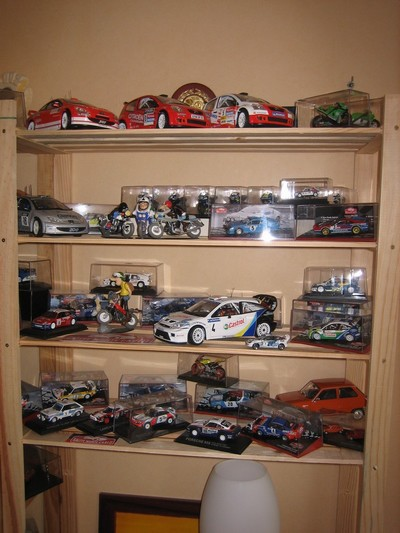 Miniatures 1/43e Des R5 Turbo biensûr !!!!!! COLLR5V13