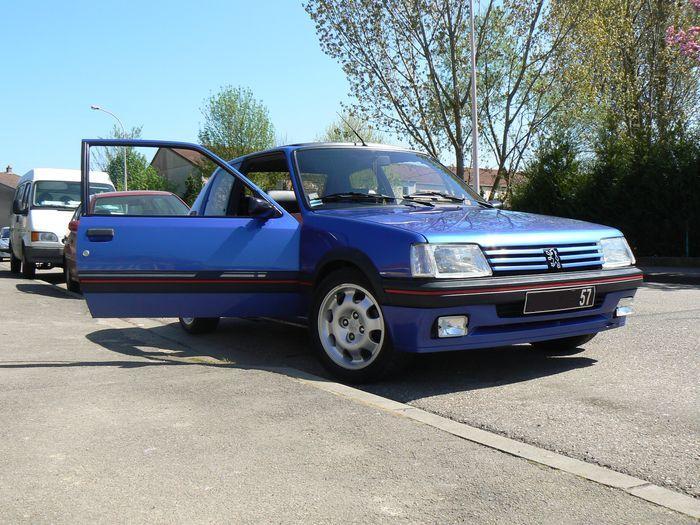 [olivpostman] 205 GTI 1.9L Bleu miami 1992 Photo15042007066