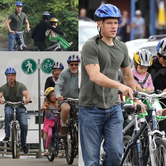 Matt Damon 869eb5f37190c666_matt-damon-biking