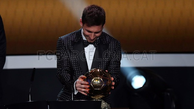 Lionel Messi, the man of the four Golden Balls 2013-01-07_GALA_BALON_ORO_18-Optimized.v1357650132