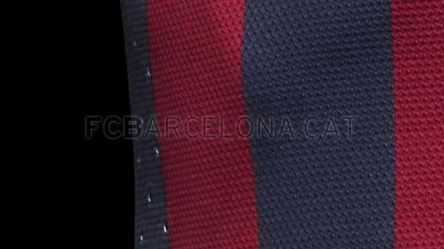 بالصور طقم قميص برشلونة  لموسم 2013-2014 Fa13_FB_ClubKits_Barca_Authentic_HOME_VENTING-Optimized.v1369143751