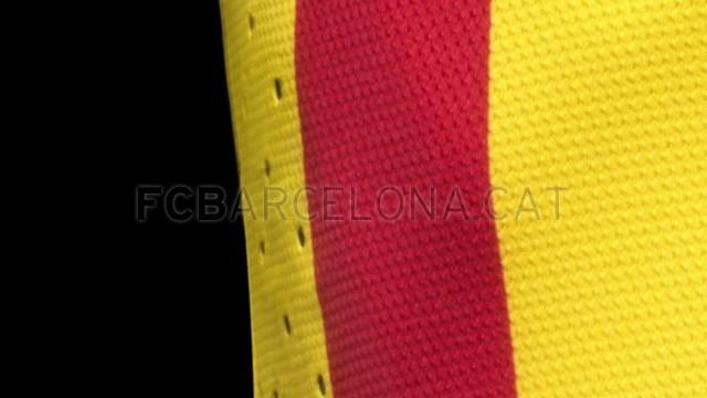 بالصور طقم قميص برشلونة  لموسم 2013-2014 Fa13_FB_ClubKits_Barca_Authentic_Away_VENTING-Optimized.v1369128890