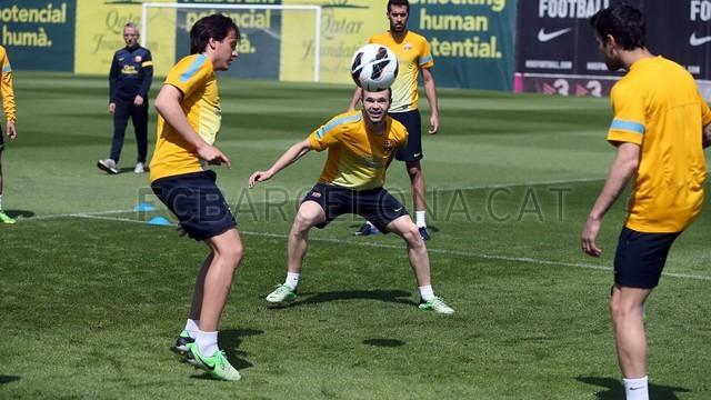 بالصور تدريبات لاعبي برشلونة 28-05-2013 2013-05-28_ENTRENO_14-Optimized.v1369747952