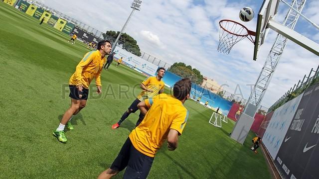 بالصور تدريبات لاعبي برشلونة 28-05-2013 2013-05-28_ENTRENO_35-Optimized.v1369744820