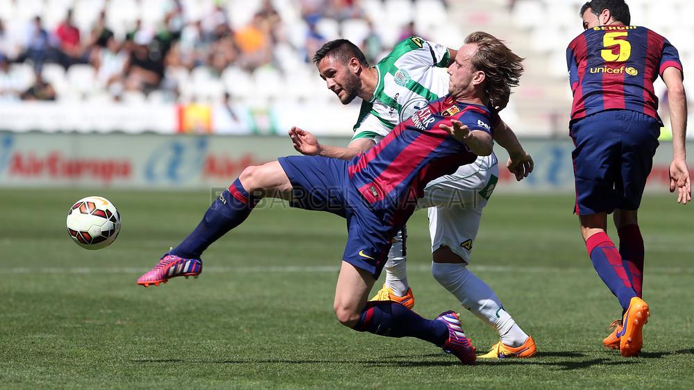 صور : مباراة قرطبة - برشلونة  0-8 ( 02-05-2015 )  2015-05-02_CORDOBA-BARCELONA_11.v1430584775
