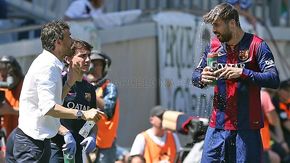 صور : مباراة قرطبة - برشلونة  0-8 ( 02-05-2015 )  2015-05-02_OTRO_CORDOBA-BARCELONA_14-Optimized.v1430667821