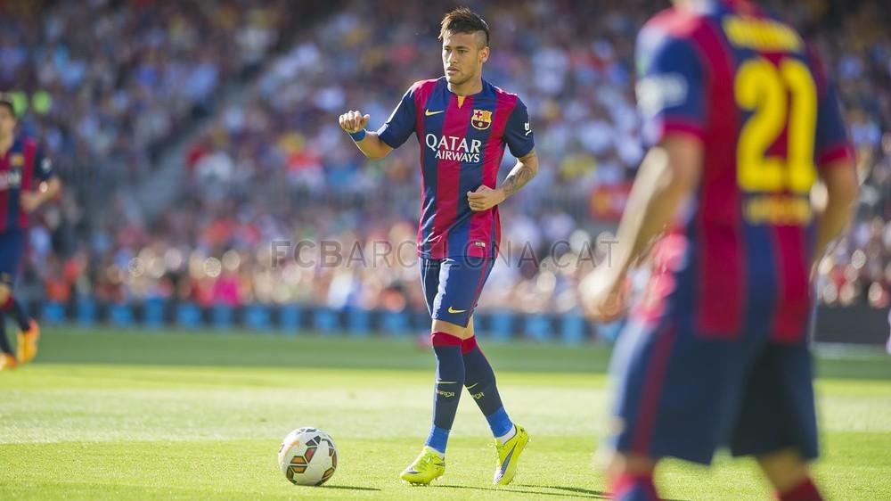 صور : مباراة برشلونة - ريال سوسيداد 2-0 (09-05-2015 ) Pic_2015-05-09_FCBvsRSO_02.v1431189546