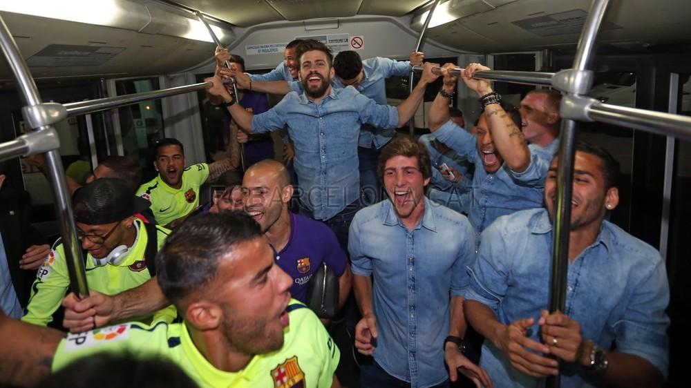 عودة ميمونة لحامل اللقب نادي برشلونة  Pic_2015-05-17_REGRESO_03-Optimized.v1431949273