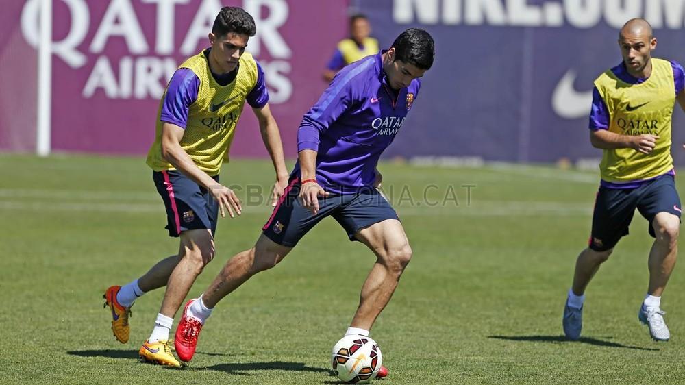صور تدريبات برشلونة 22-05-2015  Pic_2015-05-22_ENTRENO_41-Optimized.v1432292804