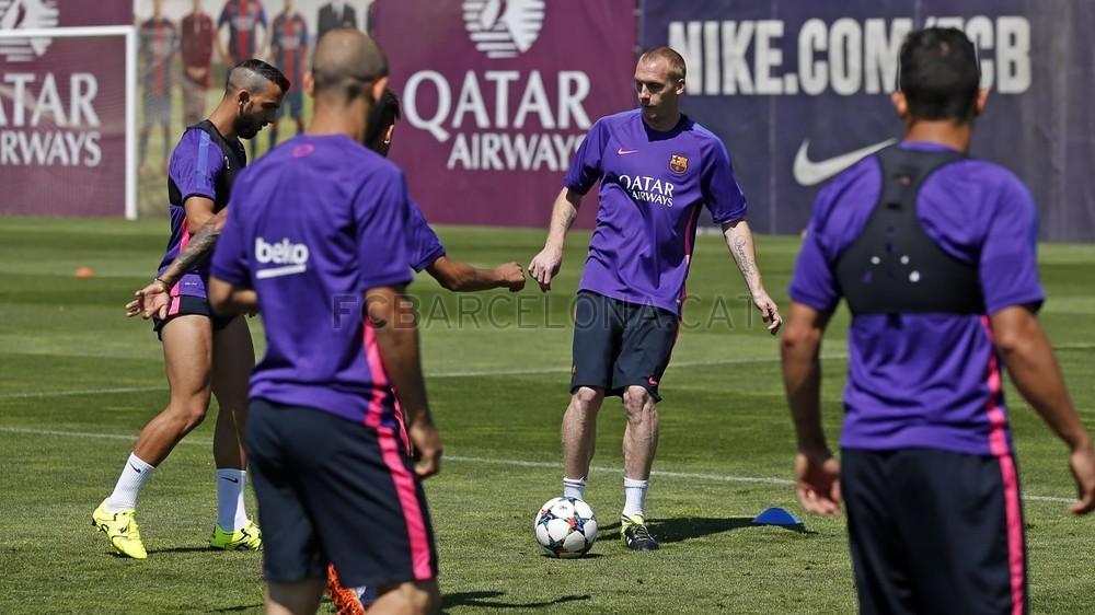 تدريب أخير في برشلونة قبل السفر إلى برلين Pic_2015-06-04_ENTRENO_19-Optimized.v1433417461