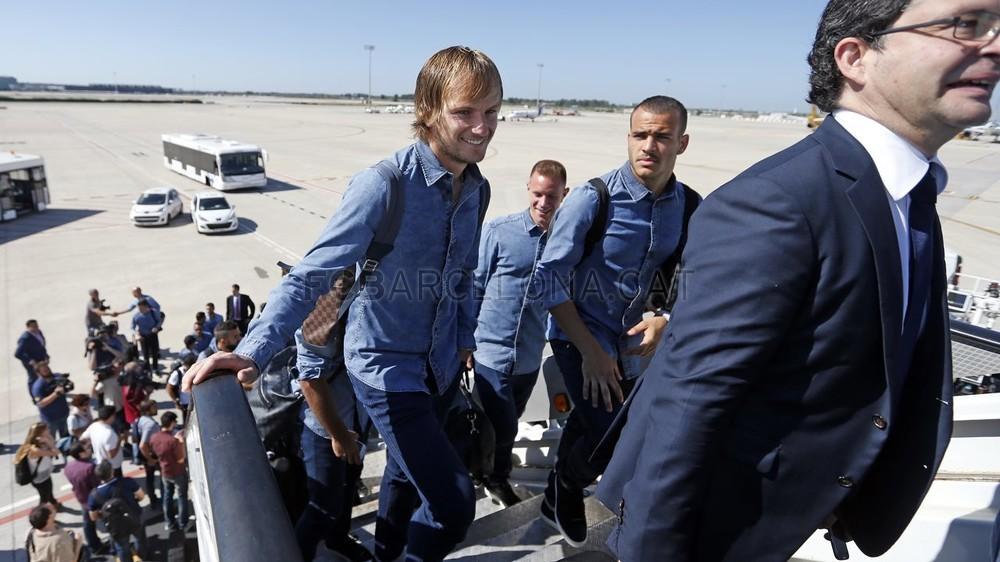 تنقل لاعبي برشلونة إلى برلين  _RG29758-Optimized.v1433494710