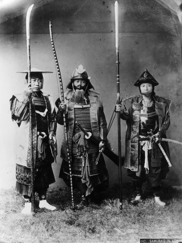 AE15 de Heraclea en Lucania 8C8796227-130830-samurai-warriors-vmed-12p