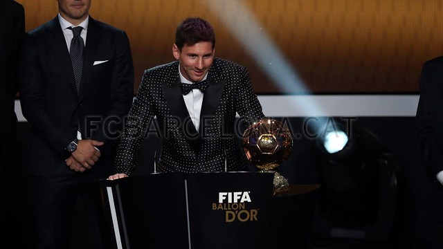 Lionel Messi, the man of the four Golden Balls 2013-01-07_GALA_BALON_ORO_19-Optimized.v1357650135