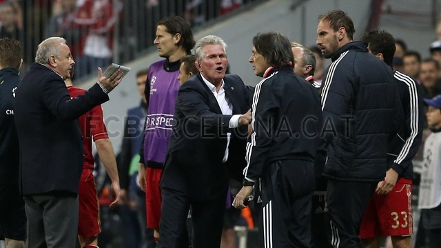 بالصور مباراة بايرن ميونيخ - برشلونة 4-0 (23-04-2013) 103-04-23_OTRO_BAYERN-BARCELONA_22-Optimized.v1366813385