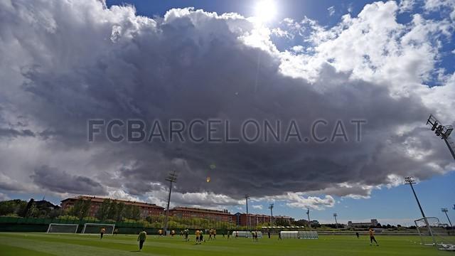بالصور تدريبات برشلونة اليوم 18-05-2013 2013-05-18_ENTRENO_31-Optimized.v1368910645