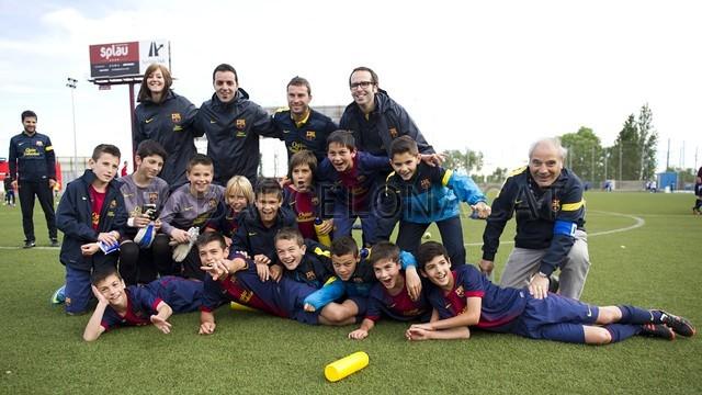 بالصور صغار برشلونة  أبطال الليغا  ( ماذا تصنع اللاماسيا )  2013-05-18_UE_SANT_ILDEFONS_ALEVIN_A_-_FCB_ALEVIN_A_006-Optimized.v1368897768