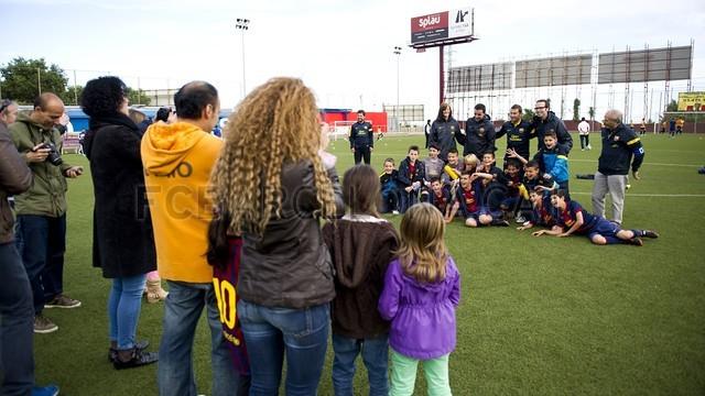 بالصور صغار برشلونة  أبطال الليغا  ( ماذا تصنع اللاماسيا )  2013-05-18_UE_SANT_ILDEFONS_ALEVIN_A_-_FCB_ALEVIN_A_008-Optimized.v1368897773