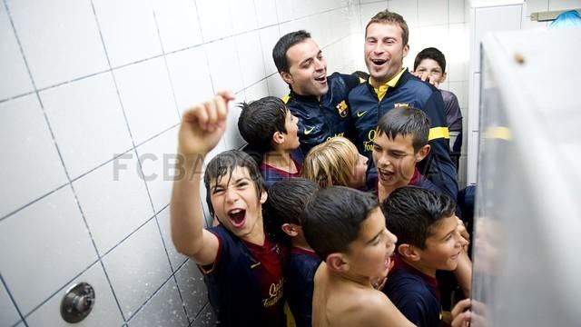 بالصور صغار برشلونة  أبطال الليغا  ( ماذا تصنع اللاماسيا )  2013-05-18_UE_SANT_ILDEFONS_ALEVIN_A_-_FCB_ALEVIN_A_019-Optimized.v1368897808