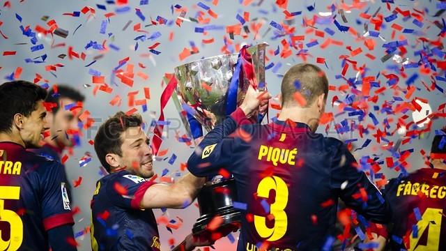 صور احتفالات برشلونة بلقب الليغا الاسبانية في ملعب الكامب نو  19-05-2013 2013-05-19_FCB_-_REAL_VALLADOLID_018-Optimized.v1369041734