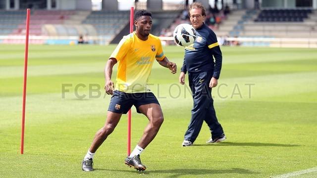بالصور تدريبات لاعبي برشلونة 28-05-2013 2013-05-28_ENTRENO_28-Optimized.v1369747970