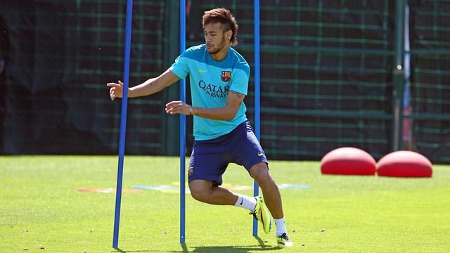 Spécial Messi et FCBarcelone (Part 2) - Page 8 Pic_2014-05-15_ENTRENO_45.v1400150693
